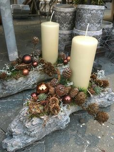 15 Fabulous Christmas Candle Decoration Ideas To Delight Your Holiday Christmas Candle Decorations, Christmas Planters, Advent Candles, Christmas Arrangements, Christmas Wood, Christmas Candles, Christmas Colors, Christmas Wreaths, Christmas Crafts
