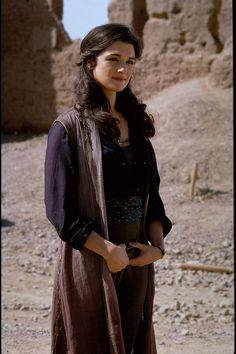 Rachel Weisz as Evie from The Mummy Returns. i love her hair!