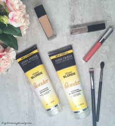Blow Out Tips & John Frieda Sheer Blonde® Go Blonder | daydreamingbeauty.com @walgreens  #RethinkMyColour #CollectiveBias ad