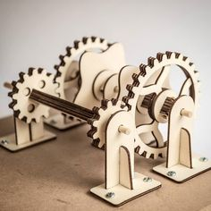 Double Cam mechanism for Yellow Earl automata. #gears #cam #lasercut
