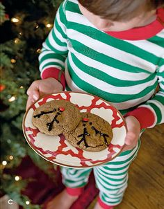 Cookies for Santa…served on a gorgeous Portico Accent Plate! via http://athomewithwillowhouse.tumblr.com/post/13712128164/cookies-for-santa-served-on-a-gorgeous-portico