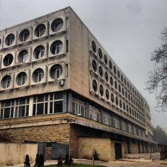 Government parking, Chisinau, Moldova Concrete Architecture, Futuristic Architecture, Interior Architecture, Concrete Structure, Building Art, Built Environment, Urban Planning, Modern Buildings, Brutalist