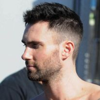Adam Levine Hairstyle Adam Levine I Love His Hair Like This  Adam Levine  Pinterest
