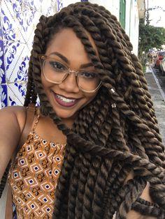 Pedi para vocês mandarem perguntas sobre meu novo cabelo e acabei de responder TODAS no novo post com tudo que você precisa saber sobre #TrançaTwist.  Vem ler, vem :) www.mulhermelhore.com