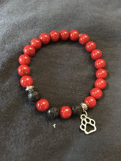 How to Make Beaded Bracelets in The Comfort of Your Homes? Making Bracelets With Beads, Bracelet Making, Beaded Bracelets, Butterfly Stretch, Georgia, Lava, Stretch Bracelets, Jewelery, Jewelry Accessories