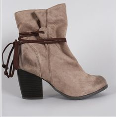 Qupid Taupe Suede Lace Tie Chunky Heel Ankle Boots Taupe, vegan suede round toe silhouette, chunky stacked heel, cushioned insole, and self-tie lace closure. Never worn. Mint Condition. Qupid Shoes Ankle Boots & Booties