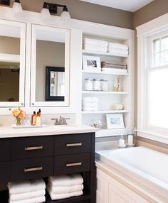 bathroom - built in shelves
