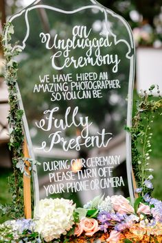 Brilliant 26 Best Vintage Mirror Wedding Sign Decoration Ideas https://vintagetopia.co/2017/11/06/26-best-vintage-mirror-wedding-sign-decoration-ideas/ One of the absolute most important areas of the wedding reception is the toast. Now, if you're in the center of earning plans for a conventional Indian wedding, a big detail that you'd need to get from the way first is buying a bridal saree.