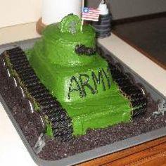 army tank cake for seth's birthday Army Tank Cake, Army Cake, Military Cake, Army Birthday Cakes, Drake's Birthday, Cake Board, Novelty Cakes, Cupcake Cakes, Cupcakes