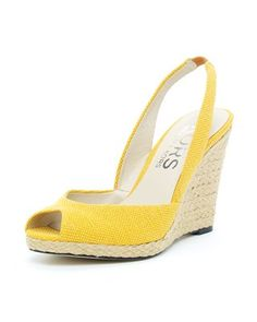 Yellow wedges. Great way to add a splash of colour to an outfit