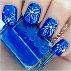 PRETTY BLUE!  www.hamptonbangle... #fashion #jewelry #style #bangles #accessory #gown #bracelets #gorgeous #beauty #beautiful #stylechat #ColorfulCreations #WOWFACTOR #elegant #stunning #amazing #chic #prom #redcarpet #nightonthetown #NAILS #ART