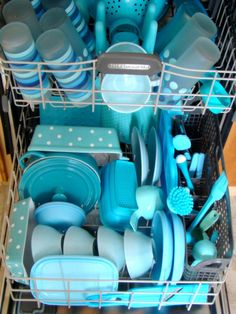SOMEONE loves turquoise dishes ! (or the stylist filled the dishwasher for the shoot LOL) Verde Tiffany, Azul Tiffany, Tiffany Blue, Shades Of Turquoise, Aqua Blue, Shades Of Blue, Le Grand Bleu, My Favorite Color, My Favorite Things