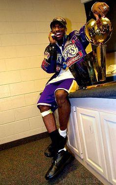 Kobe Bryant Lakers, Kobe Bryant 8, Nba Players, Basketball Players, Kobe Bryant Pictures, Kobe Bryant Family, American Athletes, Nba Pictures, Tracy Mcgrady
