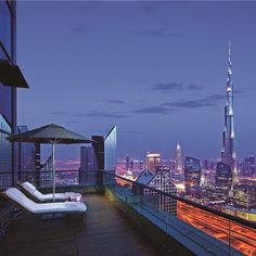 Fast-paced modernity, ancient mosques and markets: in Dubai, you can have it all. - at Shangri-La Hotel, #Dubai
