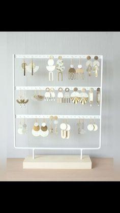 washi_kiyoko on Instagram: Voici ma collection pour cette été or et blanc ! Elles sont disponible dans ma boutique Etsy ,certaines sont déjà vendu, mais je vais en… Washi, Boutique Etsy, Or, Collection