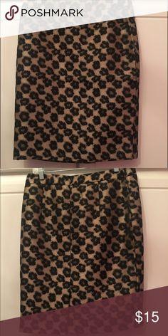 Ann Taylor Cheetah print skirt size 10 Gently worn Ann Taylor skirt with cheetah print. Dress this awesome skirt up or down Ann Taylor Skirts