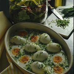 Eier in Schnittlauchsoße Rezept | LECKER