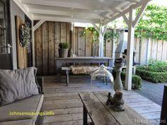 Witte veranda, overkapping.