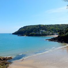 North Sands Beach, Salcombe. Want to live in Cornwall but find it hard to get…