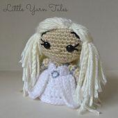 Free Daenery's-Inspired Amigurumi pattern by Little Yarn Tales