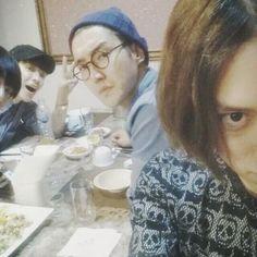 23.05.14 Heechul Instagram Günc.  Bize deli gibi göründüğümüzü söylemeyin. Daha başlamadık bile ^-^ #SuperJunior pic.twitter.com/FvbyjDcR7i