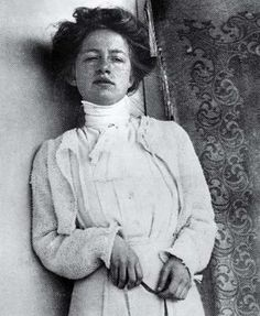 """Edith Södergran, Swedish poet.  """"When night comes I stand on the steps and listen, stars swarm in the dark"""""""
