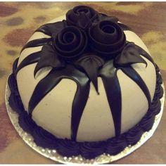 Chocolate Dome 1 Kg Online Birthday CakeBirthday Cake DeliveryChocolate