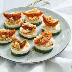 Baby Food Recipes, Snack Recipes, Healthy Recipes, Brie, Crostini, Bistro Food, Snacks Für Party, Dinner Is Served, Avocado Egg