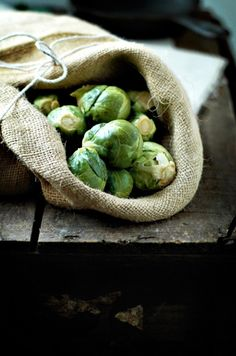 Brussel sprouts: folate, vitamin C, vitamin K, potassium, manganese, fiber, carotenoids and organosulfur compounds (anti-oxidative agents) like beta-carotene for eye health and glucosinolates (isothiocyanates, sinigrin, and sulforaphane), which help to protect the body against cancer (especially colon cancer)
