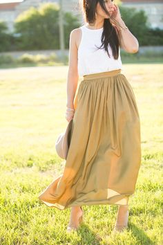 Ribbed Racer Tank + Keira Midi Skirt is a perfect match this Summer! Shop Now- oliviajamesapparel.com