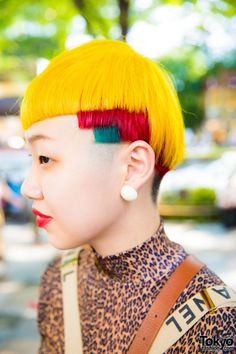 Colorful Hair & Mixed Prints Vintage Harajuku Street Style w/ Wooden Platform Sandals & Chanel Suspenders Natural Hair Short Cuts, Natural Hair Styles, Short Hair Styles, 90s Hairstyles, Creative Hairstyles, Black Power, Cool Hair Designs, Competition Hair, Colored Hair