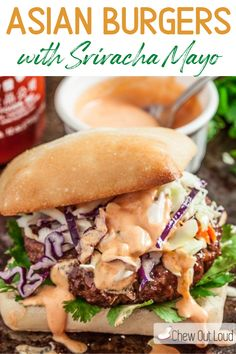 These Asian Burgers with Sriracha Mayo are juicy, tender, and bursting with big flavors. These are incredibly delicious with crispy slaw and hearty buns or Ciabatta rolls. The Sriracha Mayo is a MUST for these burgers, and are great for dipping fries into also! #asianburgers #asianburgerswithslaw #asianburgersrecipes #srirachamayo Gourmet Burgers, Beef Burgers, Gourmet Sandwiches, Delicious Sandwiches, Sandwich Recipes, Pizza Recipes, Grilling Recipes, Beef Recipes, Cooking Recipes
