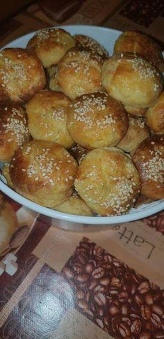 Habkönnyű burgonyás pogácsa, ennél foszlósabb nem is lehetne! - Ketkes.com Pretzel Bites, French Toast, Bakery, Bread, Cookies, Hungary, Breakfast, Recipes, Drink