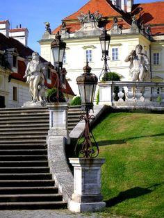 Castle Valtice, Czech republic  Foto Ilona Kašpaříková