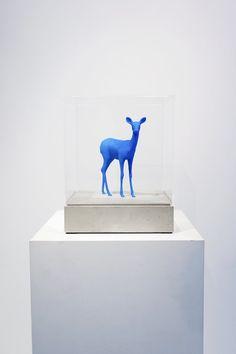 Bambi statue Blue (small) door Paco Raphael - Te huur/te koop via Kunsthuizen.nl #pacoraphael #bypaco  #bambi #statue  #mixedmedia #art #kunsthuizen #kunstuitleen #amsterdam #artamsterdam