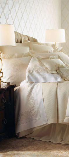 Sferra Ivory Jacquard Bed Linens