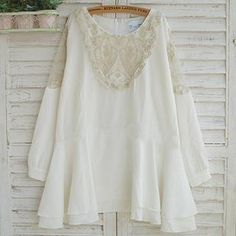 Buy 'Usagi – Lace-Panel Long-Sleeve Chiffon Tunic' with Free International Shipping at YesStyle.com. Browse and shop for thousands of Asian fashion items from China and more!