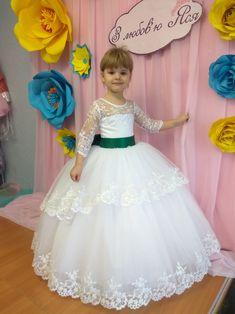 Кращих зображень дошки «Дитячі нарядні плаття Яся!»  32  3ad8b36664fb4