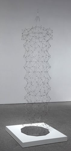 Gego (Gertrud Goldschmidt): Tronco decagonal no. 4 (Decagonal Trunk No. 4)