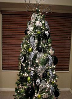 black white christmas lime green on pinterest green christmas ornaments and black white. Black Bedroom Furniture Sets. Home Design Ideas