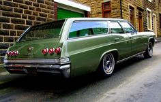 LOVE these!   '65 Chevrolet Impala Station Wagon