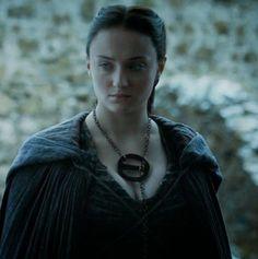 colar da rainha de game of thrones | Game of Thrones S05E05 : refém de Jorah, Tyrion vê a morte de perto ...
