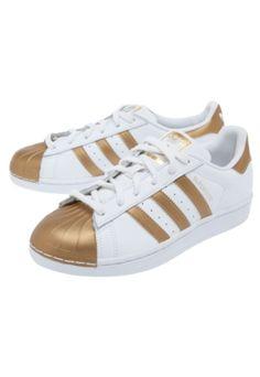 http://www.dafiti.com.br/Tenis-adidas-Originals-Superstar-Metallic-Branco-1813938.html