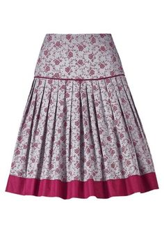 Trachtenrock Turi Landhaus traditional skirt with side zip from € Trendy pleated skirt, flora Setswana Traditional Dresses, African Fashion Traditional, African Wear Dresses, African Attire, Warm Dresses, Short Dresses, Modest Outfits, Skirt Outfits, African Print Skirt