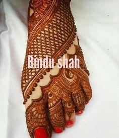 , Leg Henna Designs, Indian Mehndi Designs, Legs Mehndi Design, Mehndi Design Pictures, Wedding Mehndi Designs, Simple Mehndi Designs, Mehndi Designs For Hands, Indian Mehendi, Airbrush Tattoo