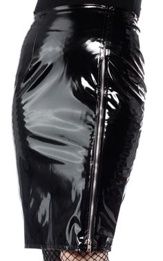 You'll be sure to shine in this new Gloss Zip Pencil Skirt by Phaze! This midi-length pencil skirt has just the right amount of stretch, features a back zipper, back center slit and the best part - the high-shine PVC finish. Black Leather Skirts, Leather Dresses, Leather Heels, Patent Leather, Imper Pvc, Pvc Skirt, Vinyl Skirting, Hobble Skirt, Vinyl Clothing