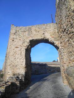 Puerta en Adarve Bajo