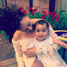 SEE HOW YOUR FAVE CELEBS SPENT MEMORIAL DAY WEEKEND TAMERA MOWRY-HOUSLEY Tamera Mowry-Housley kept it sweet and simple staying close to home with her daughter Ariah.