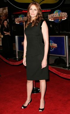 Liz claman black dress