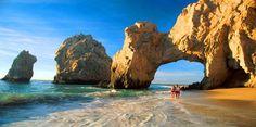Los Cabos,ubicado en el extremo sur de la Península de Baja California, en México, en el estado de Baja California Sur.
